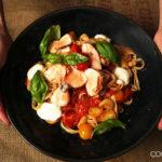 Tagliatelle mit Lachs und frischen Tomaten